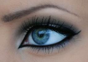 Oční linky fixem