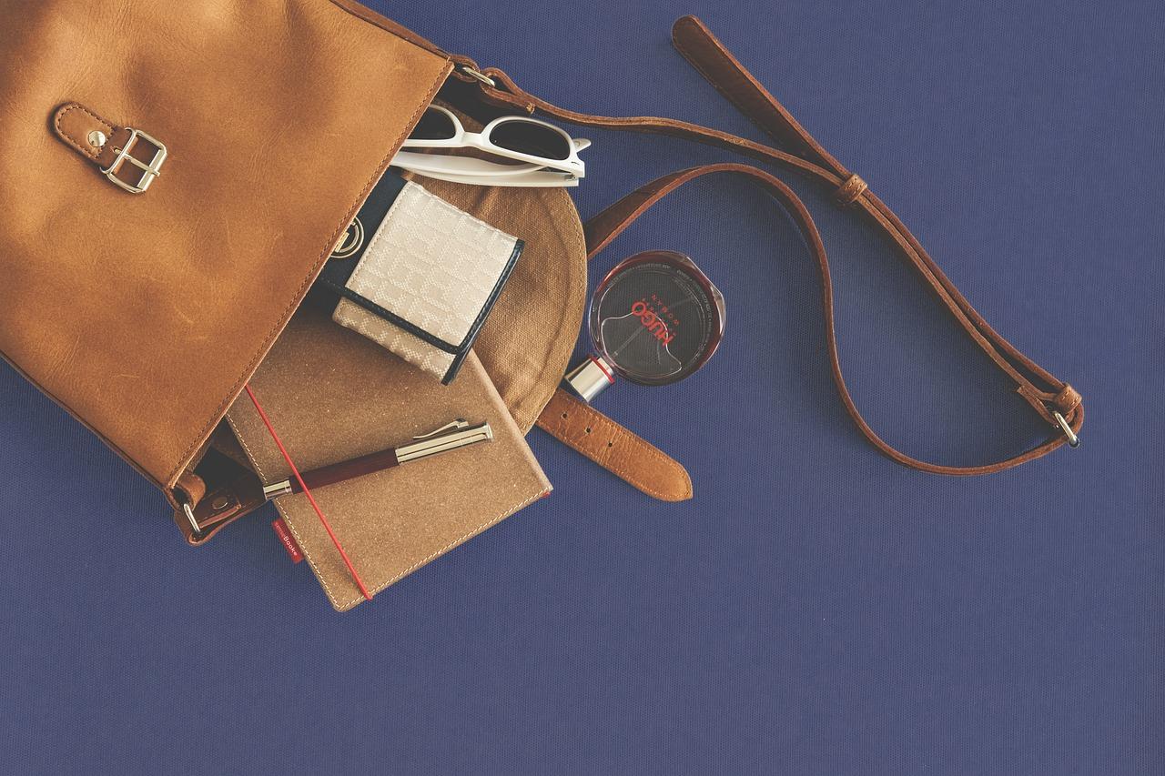 Jak pečovat o koženou kabelku či peněženku  - Okouzli každého muže ... 34a1a64090