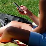 Víte, jak vzniká závislost na mobilu?